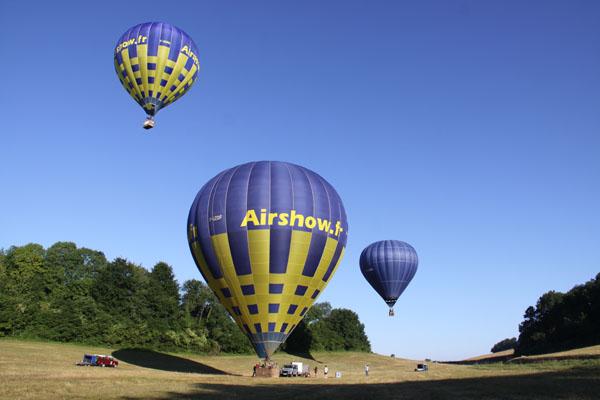 Les 3 montgolfières au décollage