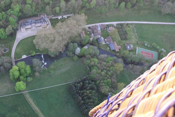 Le Château de Sérifontaine vu depuis la montgolfière Airshow