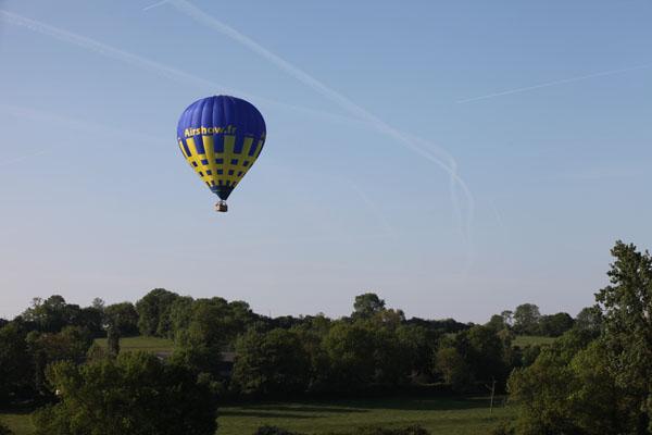 7 h 45 la montgolfière à proximité de Gournay en Bray