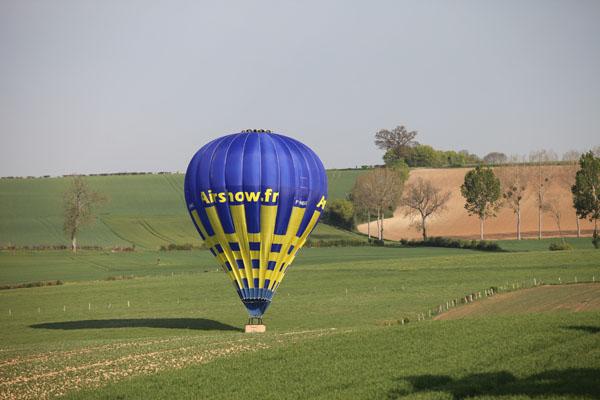 9 h 12 et 20 secondes La montgolfière vient de se poser