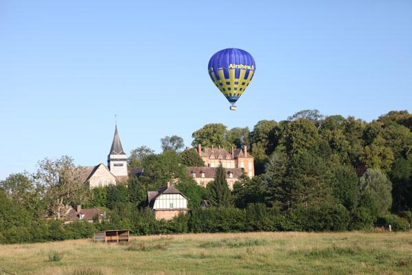 urvol en montgolfière du Château d'Hébécourt