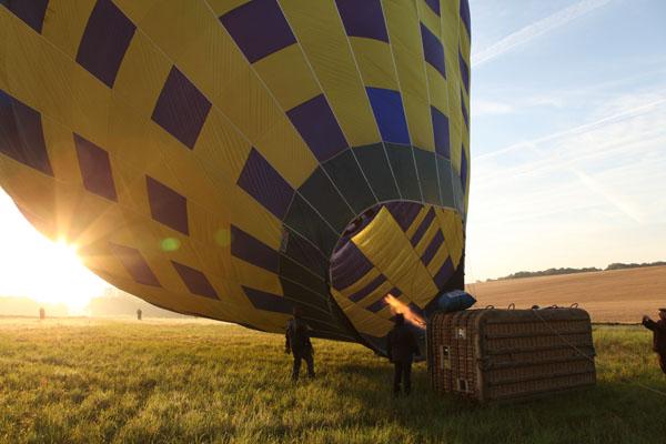 La montgolfière de Daniel se redresse
