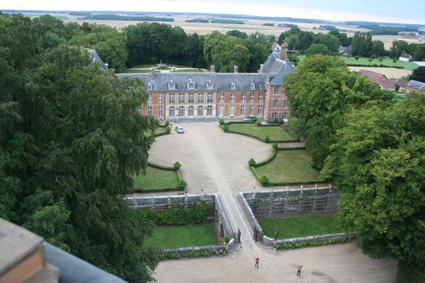 Survol du château de Heudicourt en montgolfière