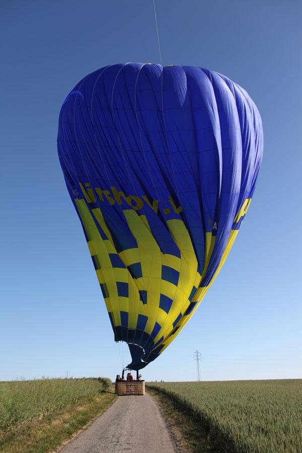 montgolfière après l'atterrissage