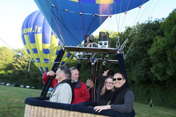 Montgolfière Airshow au décollage