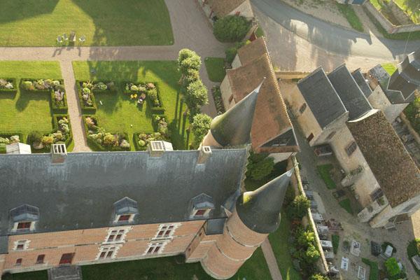 Le château de Hannaches et ses jardins